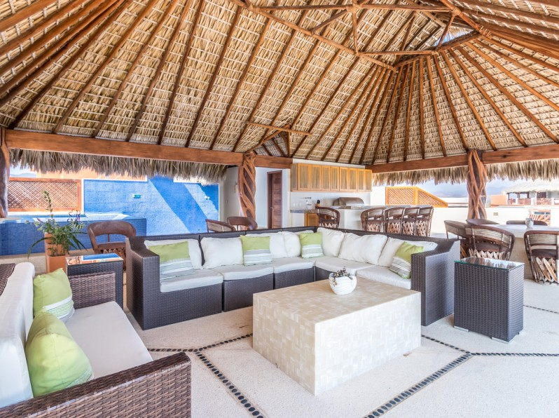 Three bedroom penthouse palapa