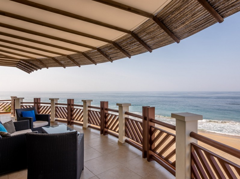 Four bedroom oceanfront private balcony
