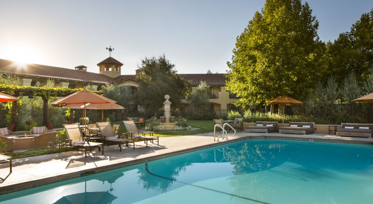 Napa Valley<br>Lodge 3