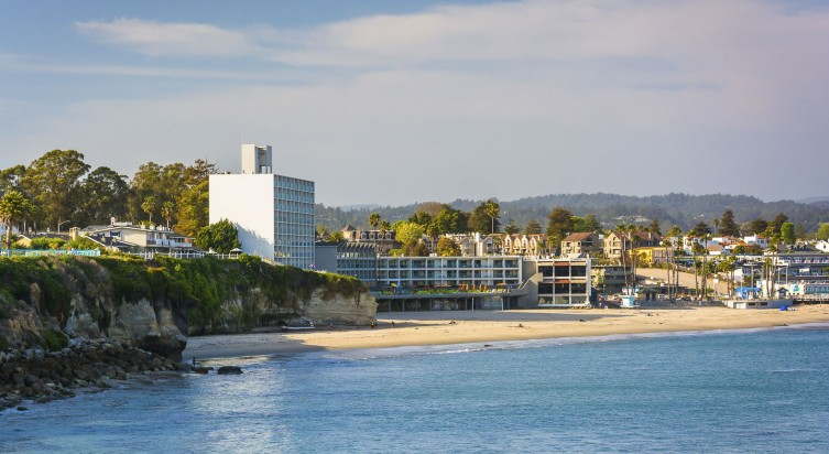 Dream Inn<br>Santa Cruz 2