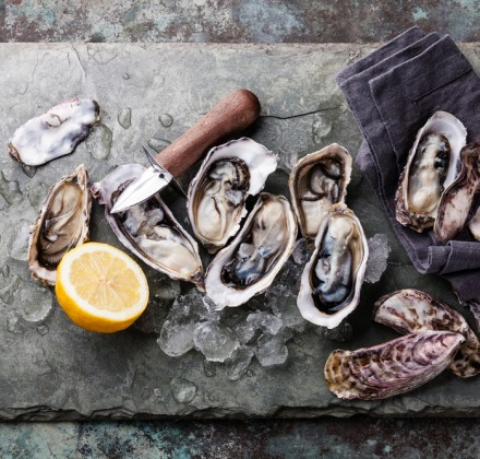oysters on a cutting board