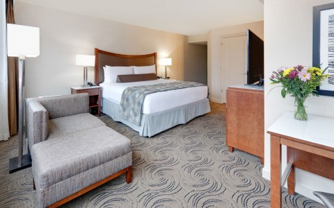 Wyndham Grand Chicago Riverfront king room 1