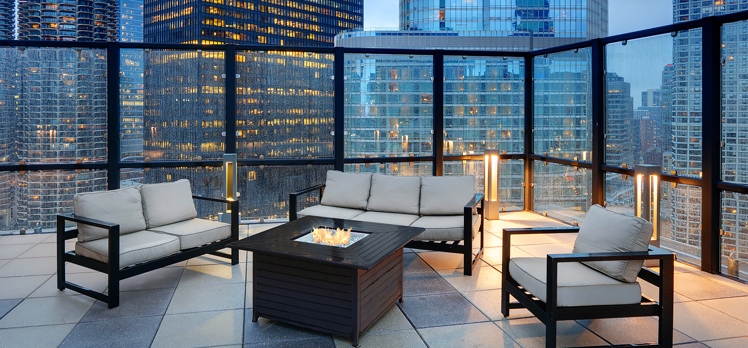 Wyndham Grand Chicago Riverfront rooftop terrace