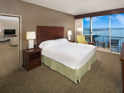 Bay View King room with balcony