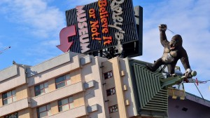 Exterior of Ripleys with King Kong on the roof
